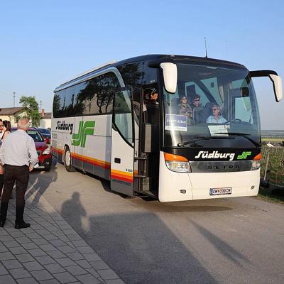 Shuttlebus zum Weinfrühling